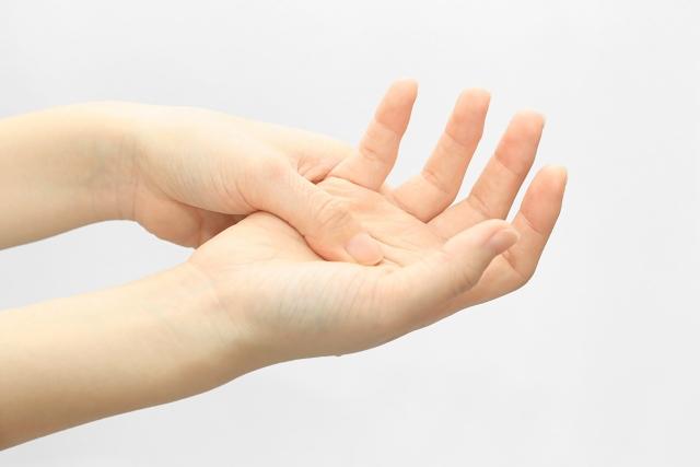 長岡京で鍼灸の施術を受けるなら向日市にある【うらさき鍼灸院】へ~手のしびれの相談もお気軽に~
